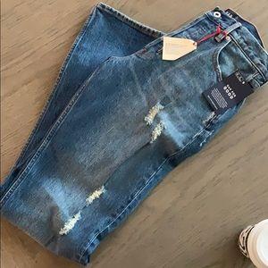 Gap straight leg jean